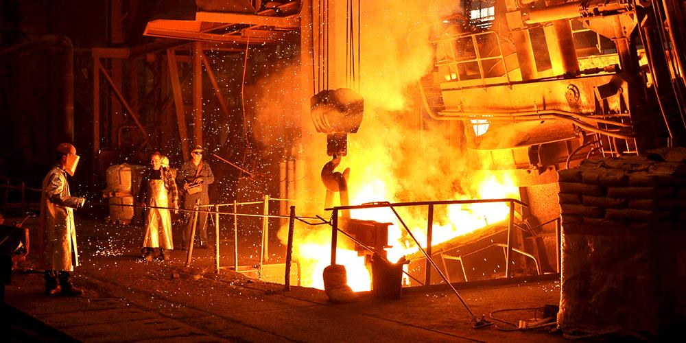為什麼鋼鐵廠要使用鍍鋁防護服?在什麼時機使用?