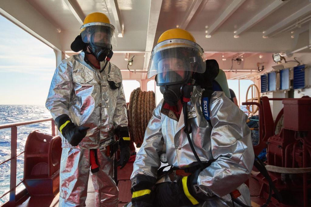 Pompier combinaison aluminisé plateforme offshore