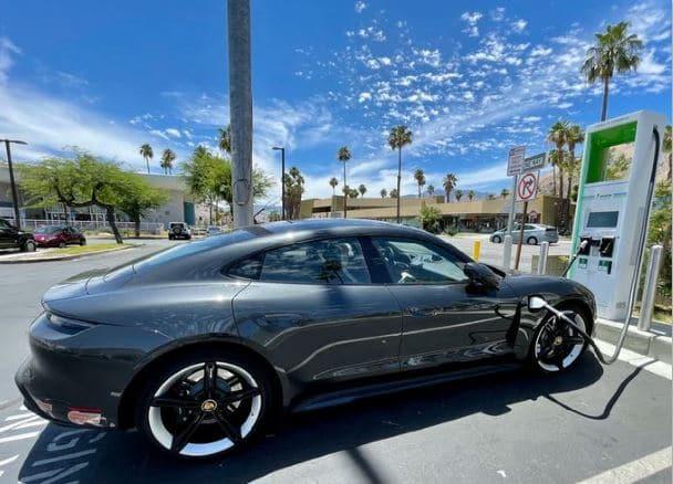 최적의 차량 성능을 달성하기 위해서는 적합한 전기자동차 타이어를 활용하는 것이 필수적입니다.